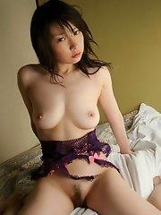 Mature model Jidu has nice big tits