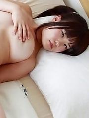 Japanese girls with big boobs make perfect chakuero idols!