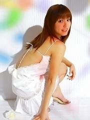 Yumi Sugimoto sexy doll loves lemons and playing around